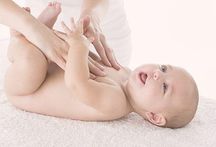 Maternité---Massage-bebe-a-Grenoble