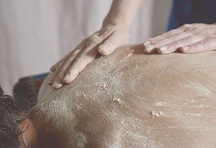 Maternité-Massage-detox-pois-chiches-2-