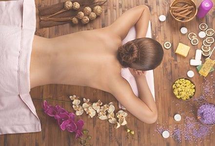 Maternité---Massage-dos-2
